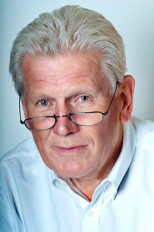 Erwin Gervers, Apotheker