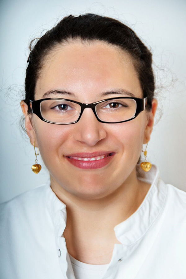 Miriam Bensbaa, PKA